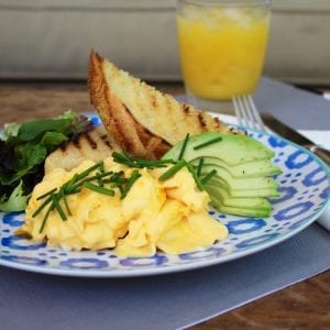 Scrambled eggs with Lobster Oil